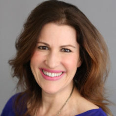 Joan Pelzer, Entrepreneur, Social Media Expert, Online Engagement Strategist, Joan Pelzer Media, Femfessionals, with Deirdre Breakenridge on Women Worldwide